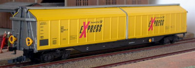 Lima ref. 309051-1 covered wagon Habins 33 80 275 55 054-4 DB Deutsche post Express
