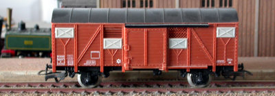 Jouef ref. 624 2 axles covered wagon K 337557 SNCF type Europ
