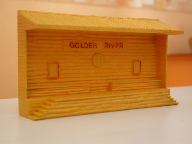 Jouef réf. 590 halte far-west « Golden River »